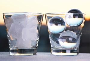 Te decimos cómo hacer el hielo perfecto para tus drinks