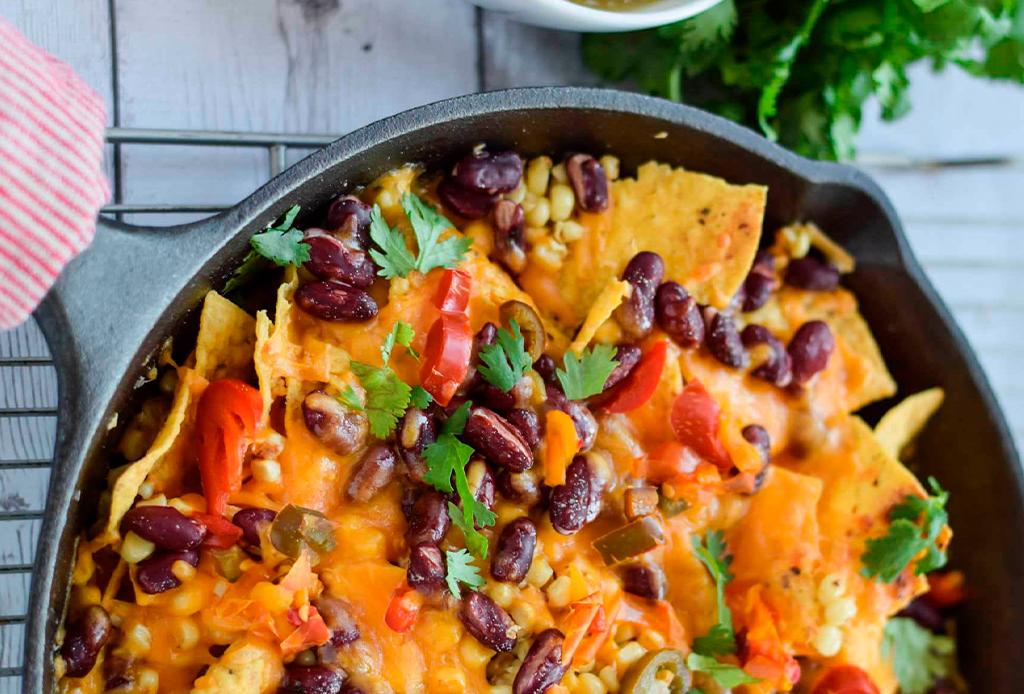 ¿Quieres una botana saludable y tradicional? Prepara estos nachos veganos - nachos-veganos-2