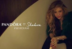 Pandora presenta su nueva campaña «Who I am» en colaboración con Shakira