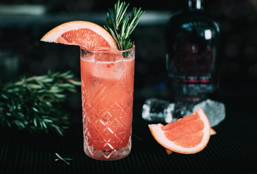Moshi Moshi nos comparte la receta de uno de sus NUEVOS drinks con gin y frambuesa