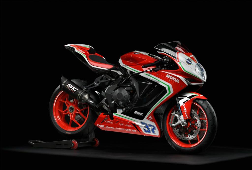 Si eres amante de la velocidad, tienes que conocer todo sobre estas superbikes - superbikes-5