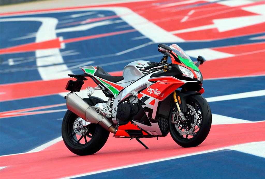 Si eres amante de la velocidad, tienes que conocer todo sobre estas superbikes - superbikes-6