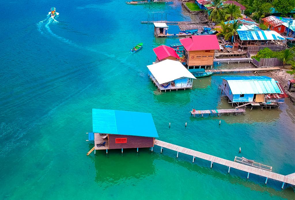 Bungalows en el mar que puedes rentar en AirBnb - bungalows-4