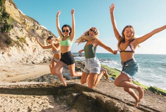 Conoce tus mejores compañeros de viaje según tu signo zodiacal - destinos-mexico-viaje-mejores-amigas-300x203