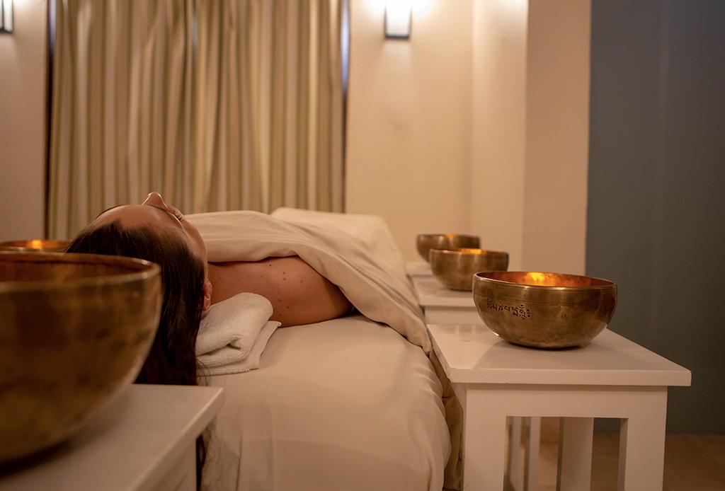 Te morirás por probar el nuevo masaje sonoro en el St. Regis Punta Mita - masaje-sonoro-2