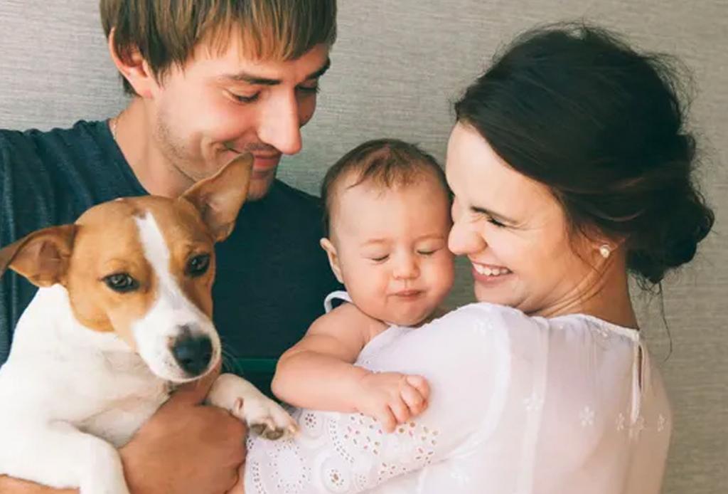Prepara a tu mascota para la llegada de tu bebé - perritos-bebes-3