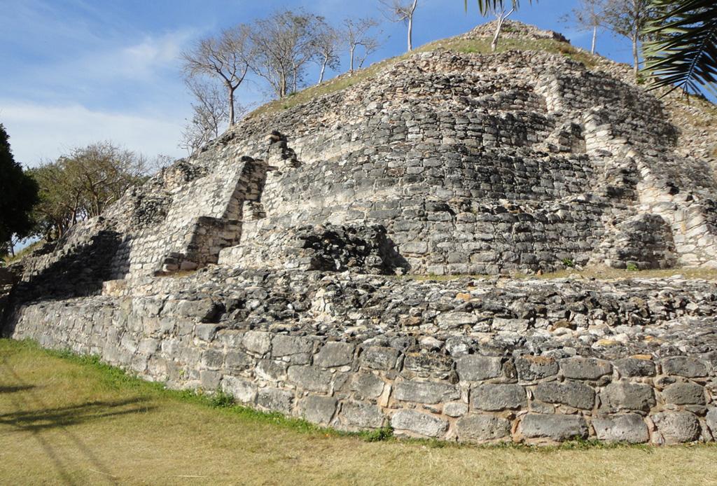 ¡Hay una nueva zona Arqueológica en Yucatán y tienes que conocerla! - chaltun-ha-izamal-yucatan-1024x694