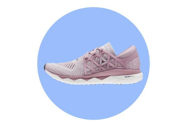 ¿Qué debes buscar en un calzado deportivo? - reebok-floatride-run-ultraknit-tenis-1024x694