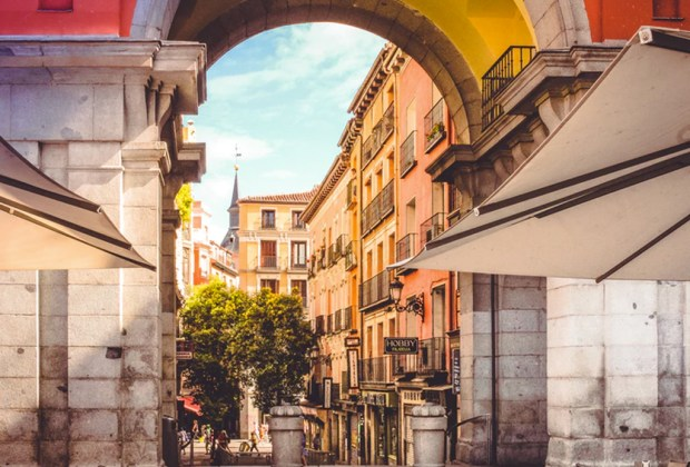 Free Walking Tours que puedes tomar alrededor del mundo - madrid