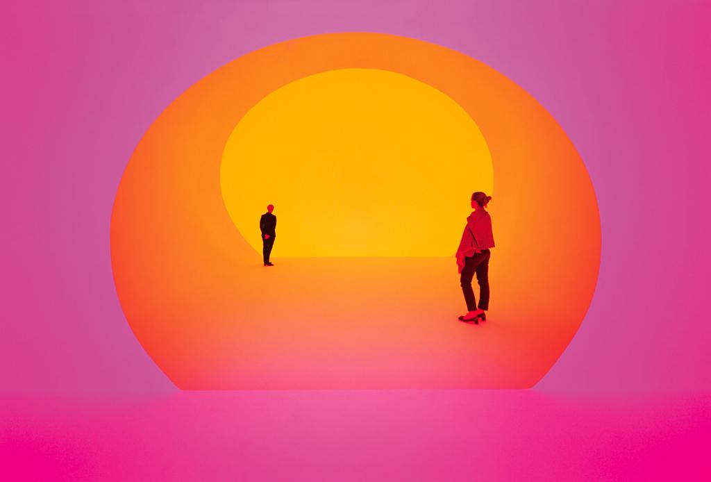 Visita estas exposiciones abiertas durante diciembre - james-turrell-2-1024x694