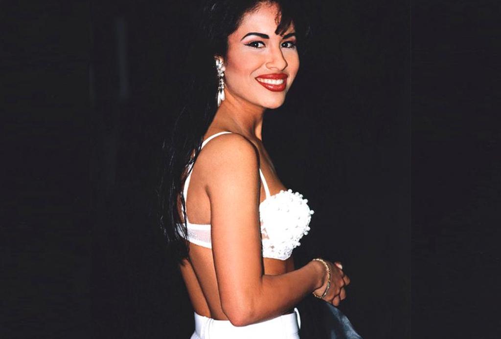 """TODO lo que sabemos de """"Selena, La Serie"""" hasta el momento - selena-moda-1024x694"""
