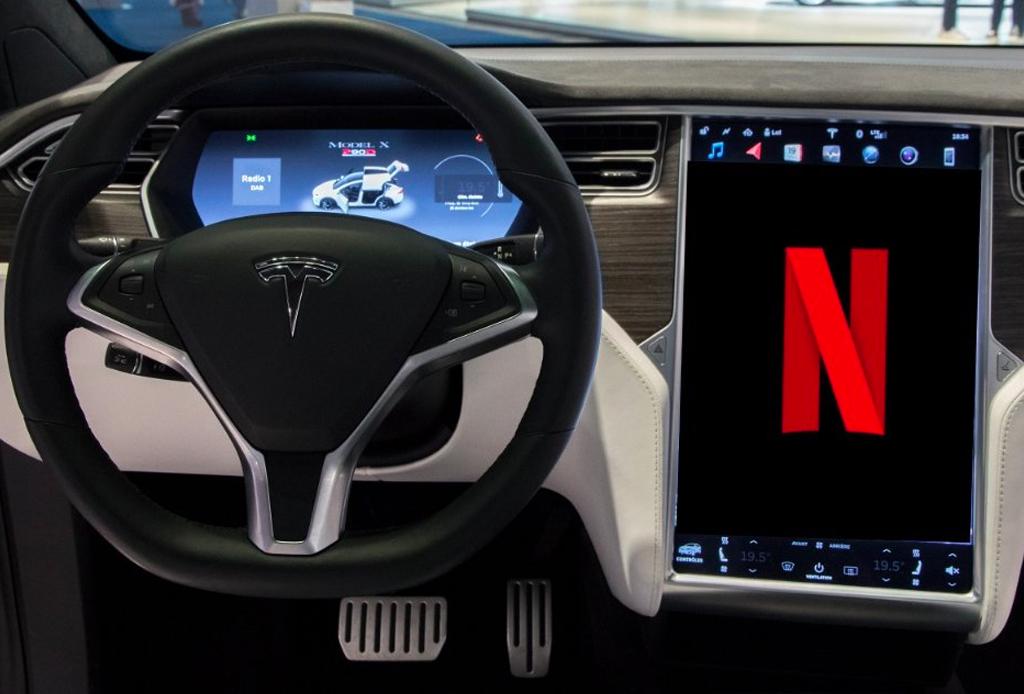 Netflix y YouTube en tu auto, el nuevo objetivo de Tesla