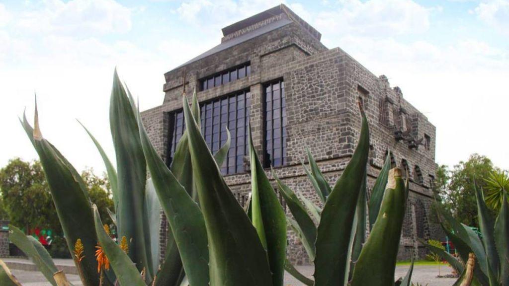 Los museos más emblemáticos de la CDMX - museo-anahuacalli-1024x576