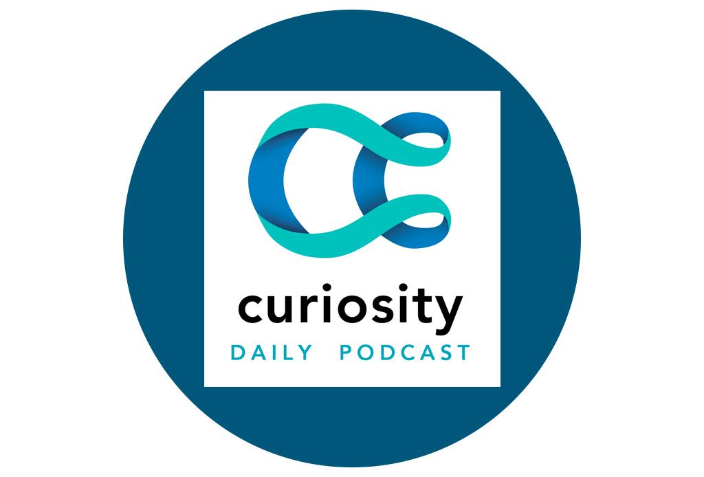 Destapa tu curiosidad con estos podcasts para aprender información peculiar - podcasts-curiosos-3-1024x694