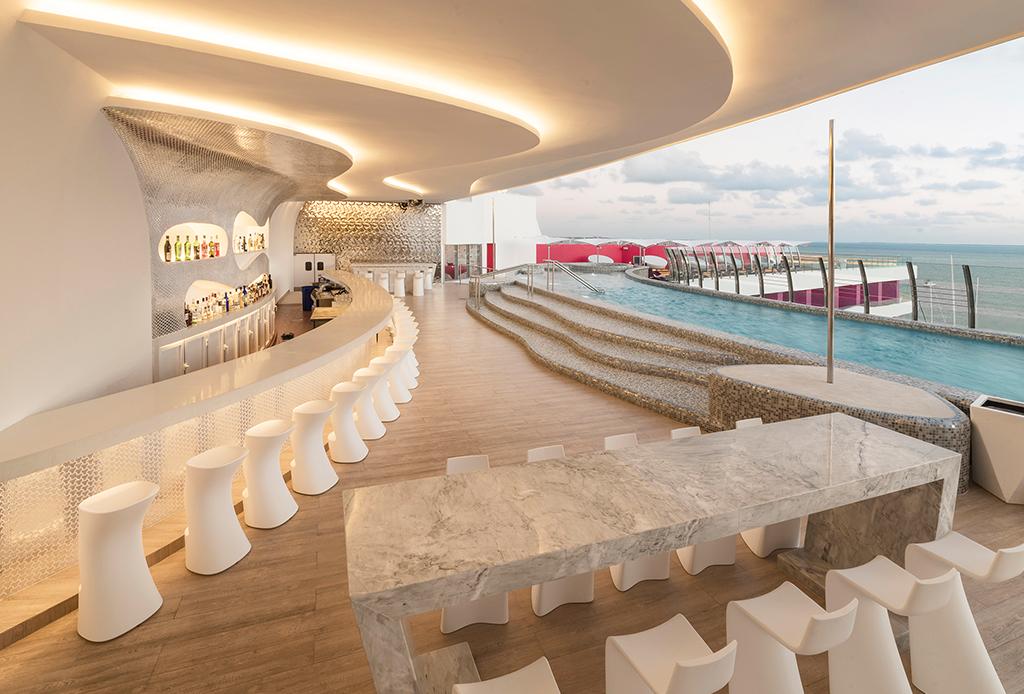 ¡Sorprende a tu pareja! Este resort es una gran opción para un weekend gateaway - cancun-hotel-3