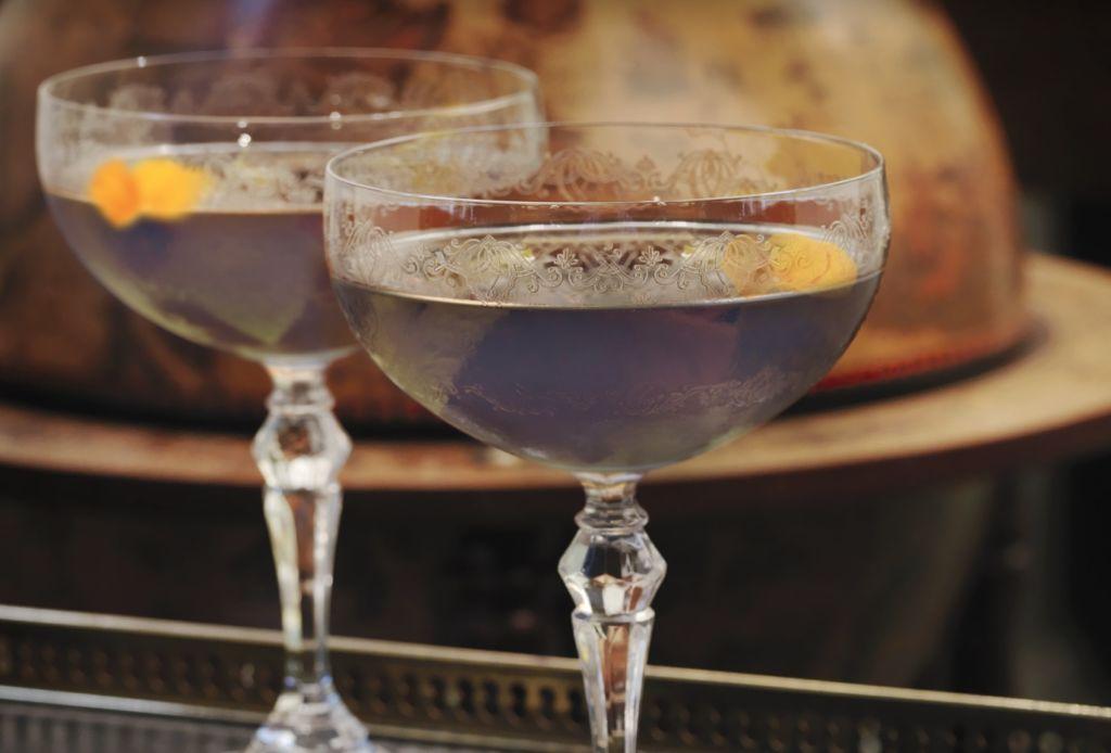 Este drink de Hendrick's se vuelve negro y te decimos cómo prepararlo - hendricks-cantolla