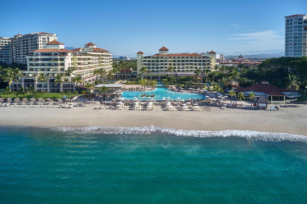 Marriott Puerto Vallarta se renueva para enamorarte una vez más - mh_pvrmx_aereal_view_3