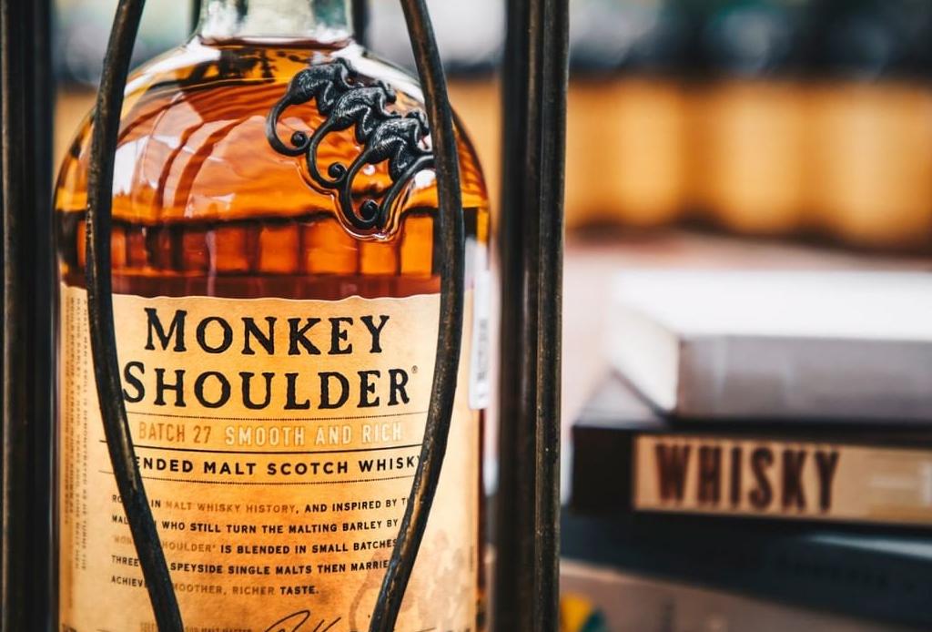 ¿Amante del whisky? Checa estas tres opciones para mezclar tu Monkey Shoulder