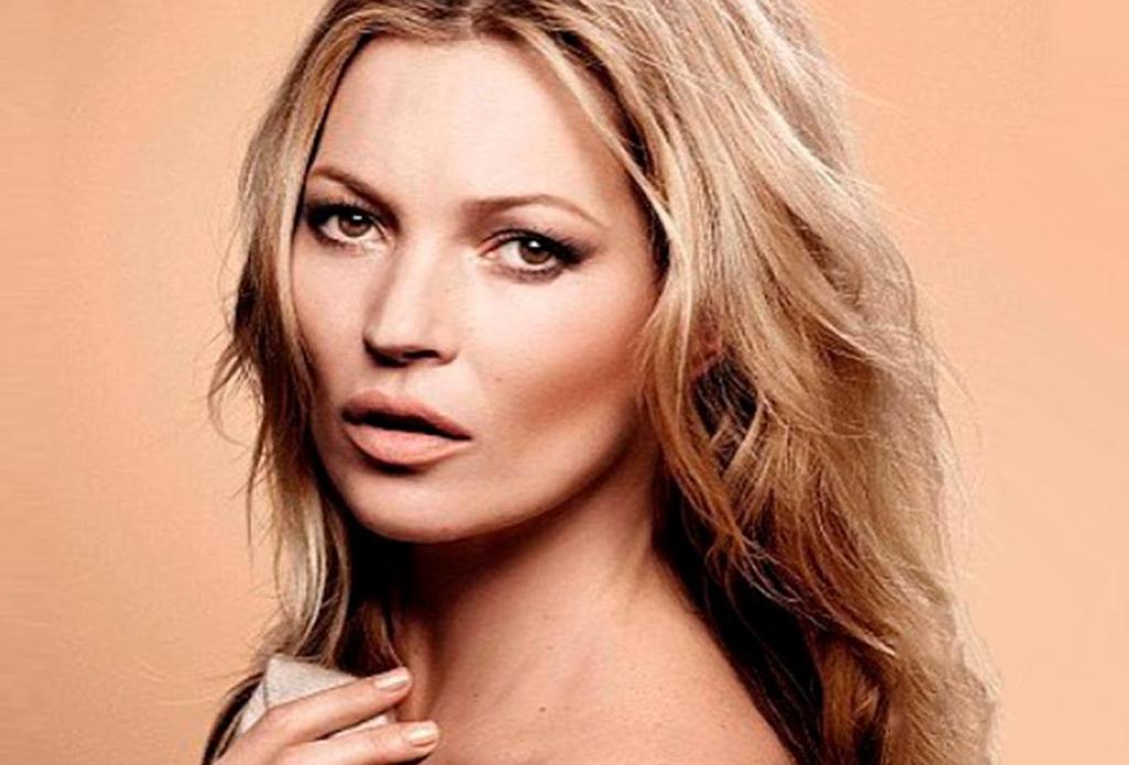 Descubre los secretos de belleza que mantienen tan glowy a Kate Moss