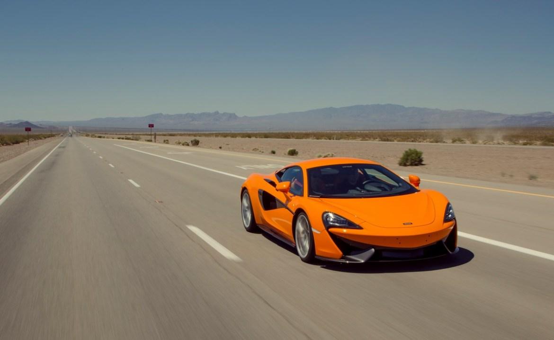Las mejores autopistas del mundo para pisar el acelerador - mclaren-arizona-autopista