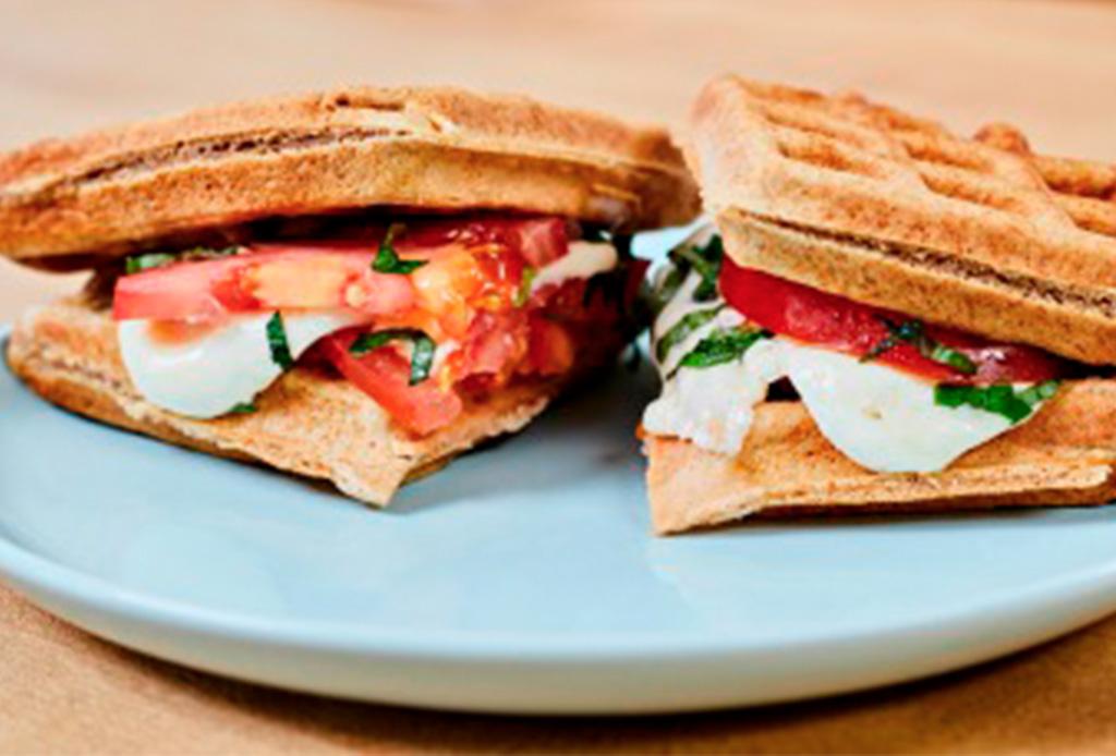 3 recetas de sándwiches de waffles que amarás y son deliciosos - sandwiches-waffles-2