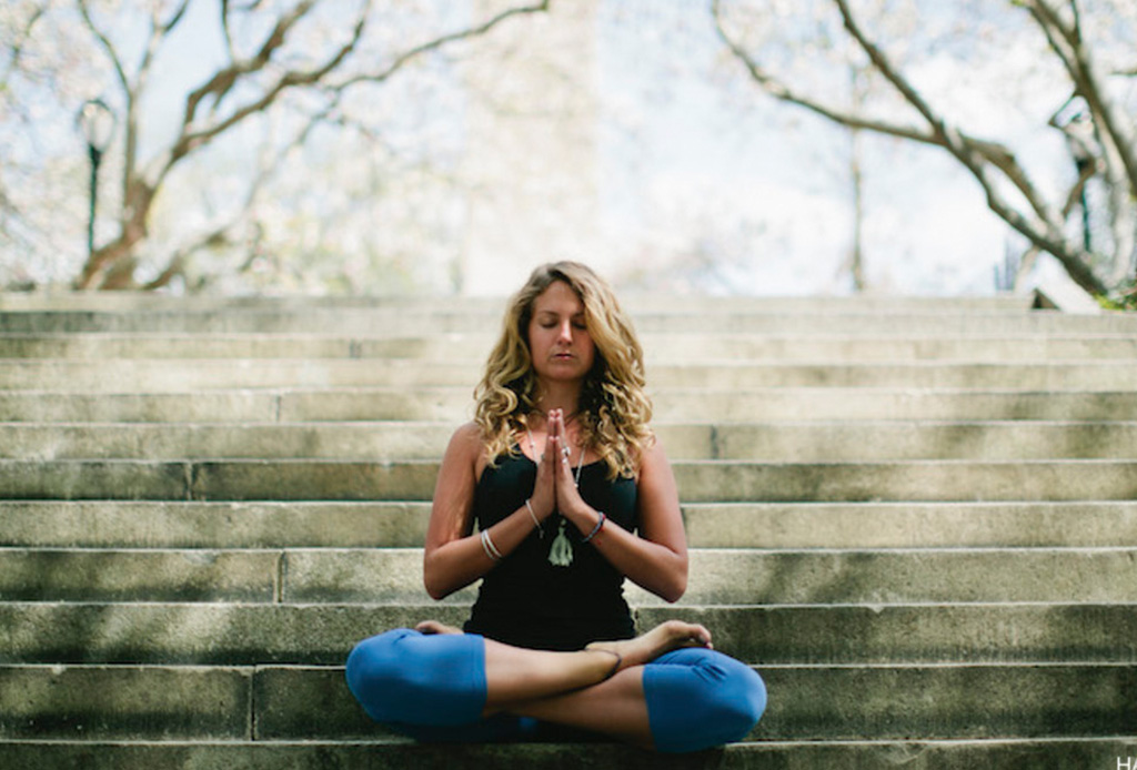 Sigue estos simples pasos para empezar a meditar - sentarse-a-meditar-2