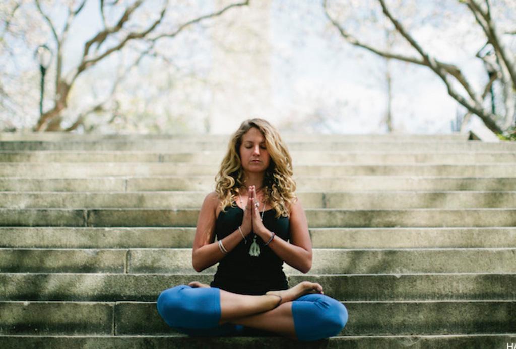 ¡Tómate un tiempo! Sigue estos pasos para sentarse y comenzar a meditar - sentarse-a-meditar-2