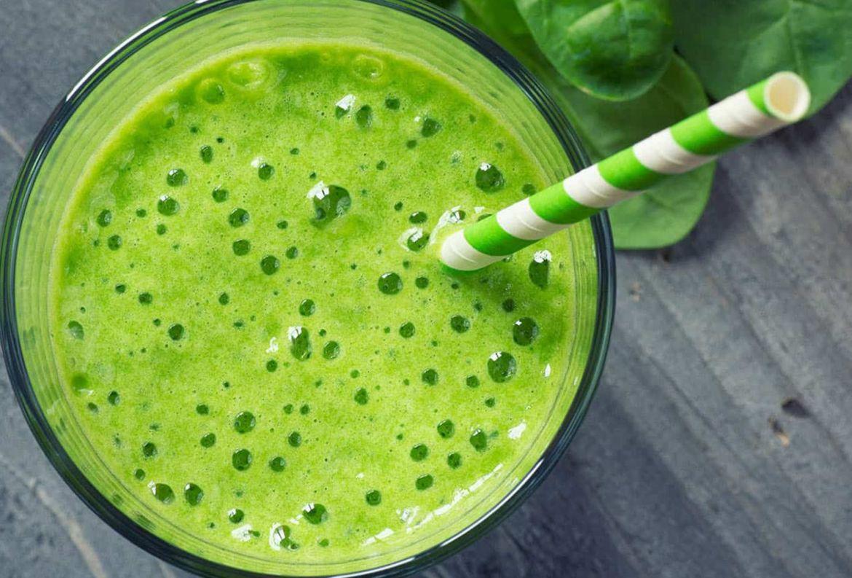 4 deliciosos smoothies que te ayudarán a MANTENER tu sistema inmune - smoothie-espinacas-limon