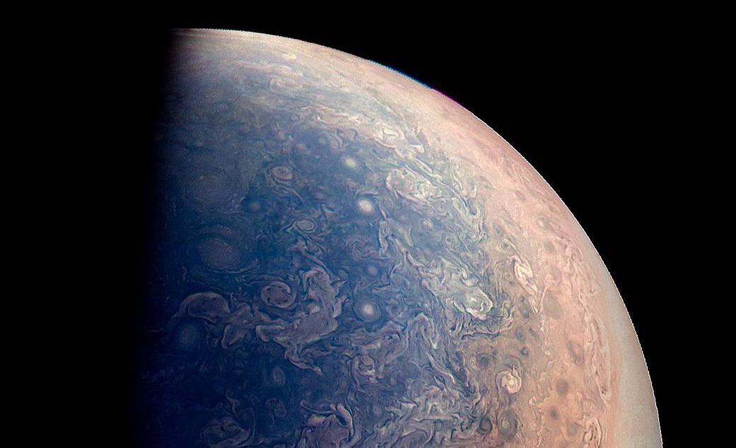 Stay at space: disfruta estas impresionantes fotografías de Júpiter - jupiter-juno