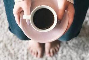 Cómo recalentar tu café sin que se amargue