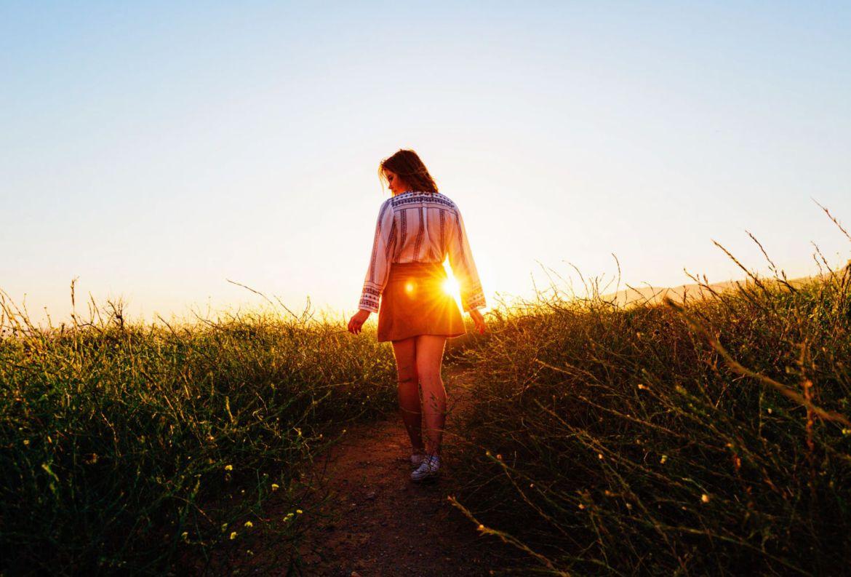 TODO lo que debes saber sobre las meditation walks - meditacion-caminando-beneficios-1