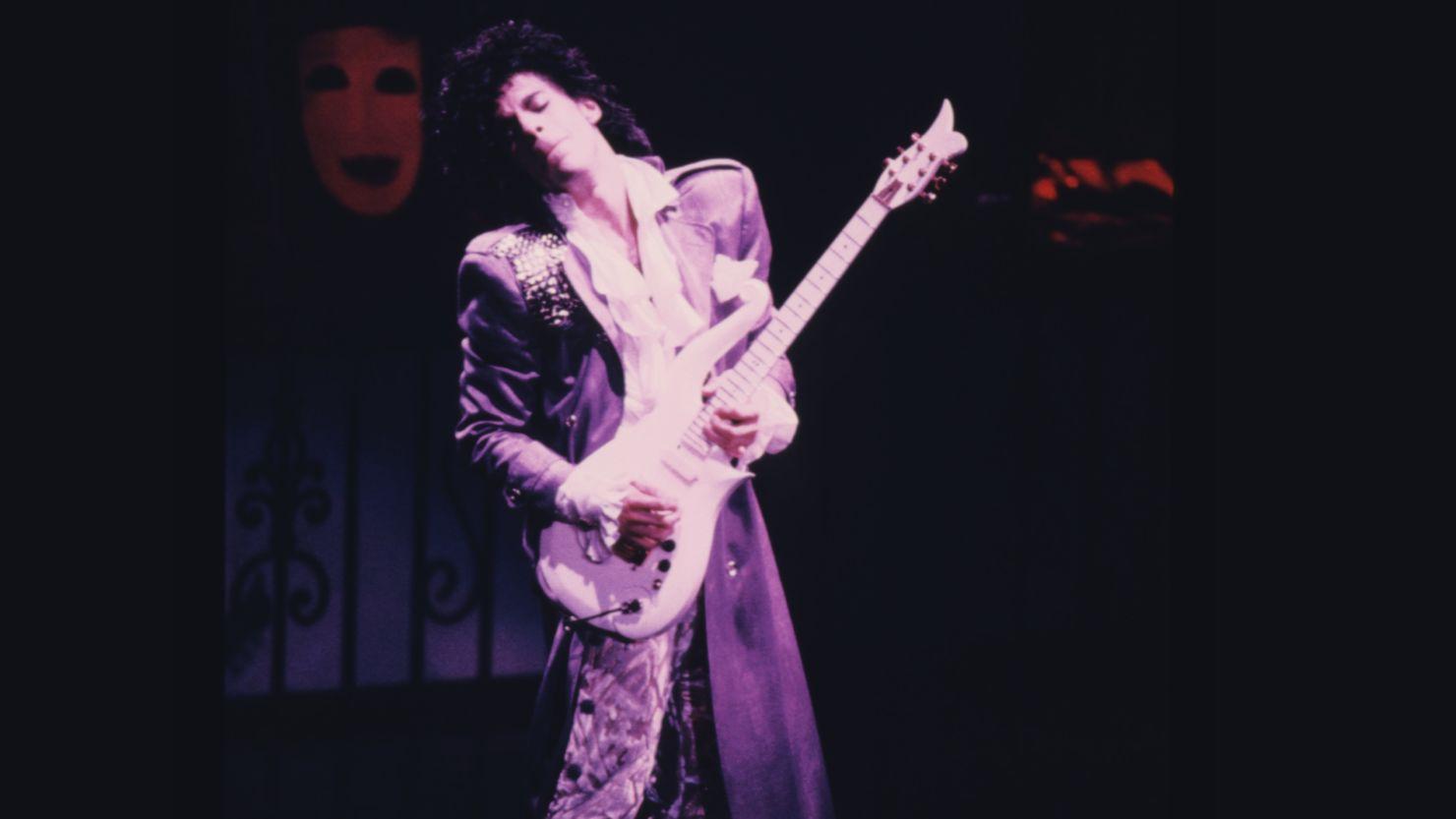 Este concierto de Prince sólo estará disponible estos días en Youtube, ¡no te lo pierdas!