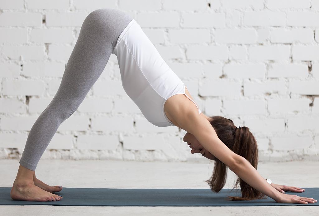 Posturas de yoga para prepararte para dormir delicioso - yoga-dormir-4