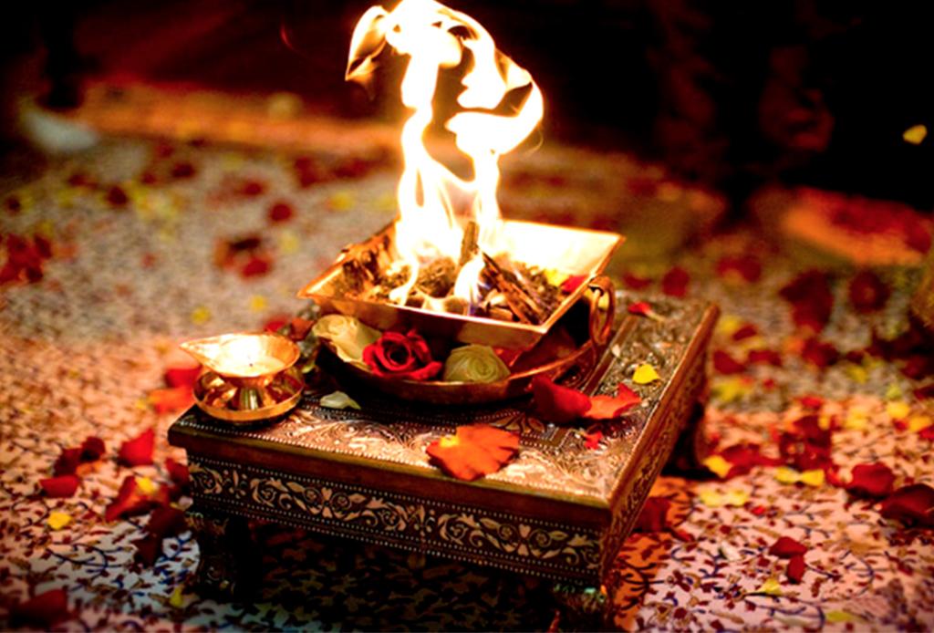 Esto es Bhakti Yoga: el yoga de la devoción - bhakti-yoga-2