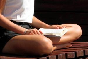 5 libros que todo yogi debe tener en su biblioteca