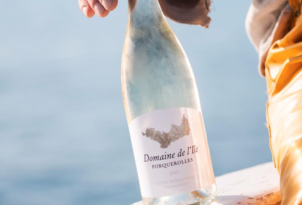 Chanel produce sus propios vinos orgánicos en una isla