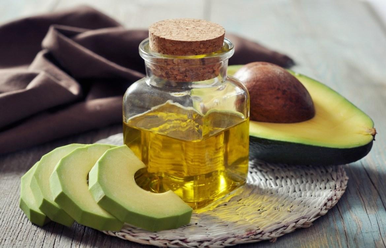 Pruebas estos aceites naturales que harán maravillas en tu cara - aceite-de-aguacate