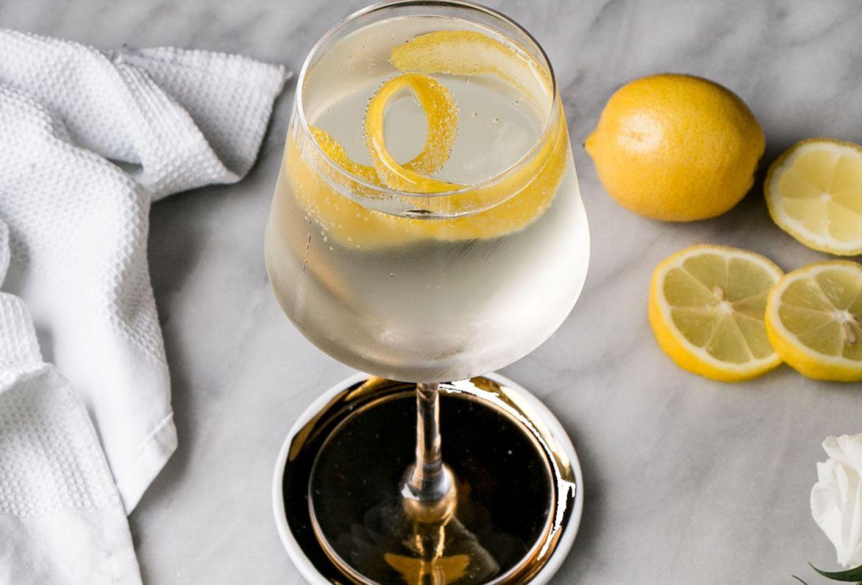 ¿Blanco de verano? Dale un twist a tu tinto con esta receta - blanco-de-verano-1