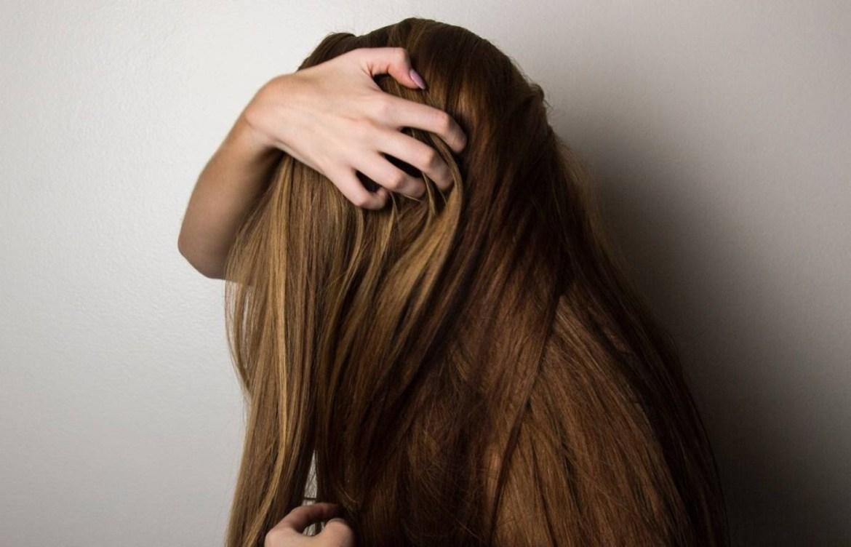 Te decimos porqué incorporar el vinagre en tu daily routine - cabello