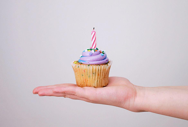 Cómo preparar una fiesta al aire libre en tiempos de coronavirus - cupcake
