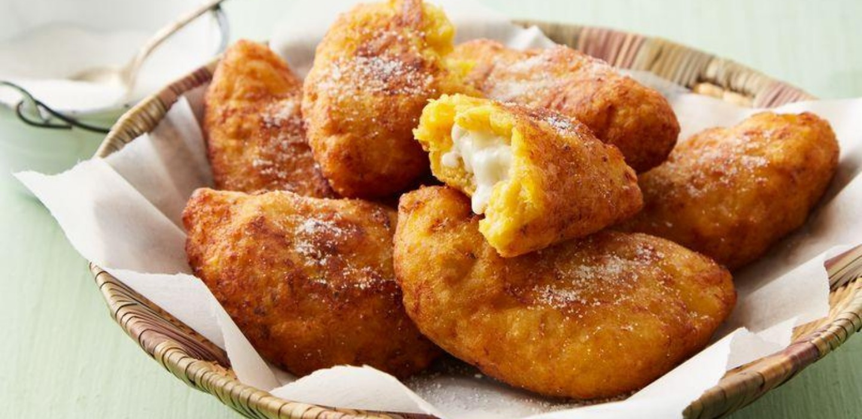 ¡Receta sencilla! Prueba las empanadas de plátano con queso