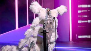 Lady Gaga nos presentó los cubrebocas más cool durante los VMA's