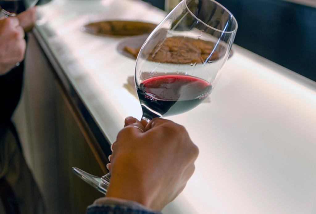 ¿Cómo debes conservar el vino una vez abierto? - vino-abierto-4