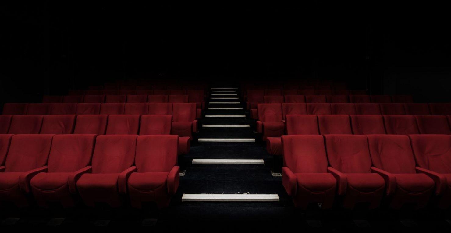 Así es cómo puedes rentar una sala de cine para ti