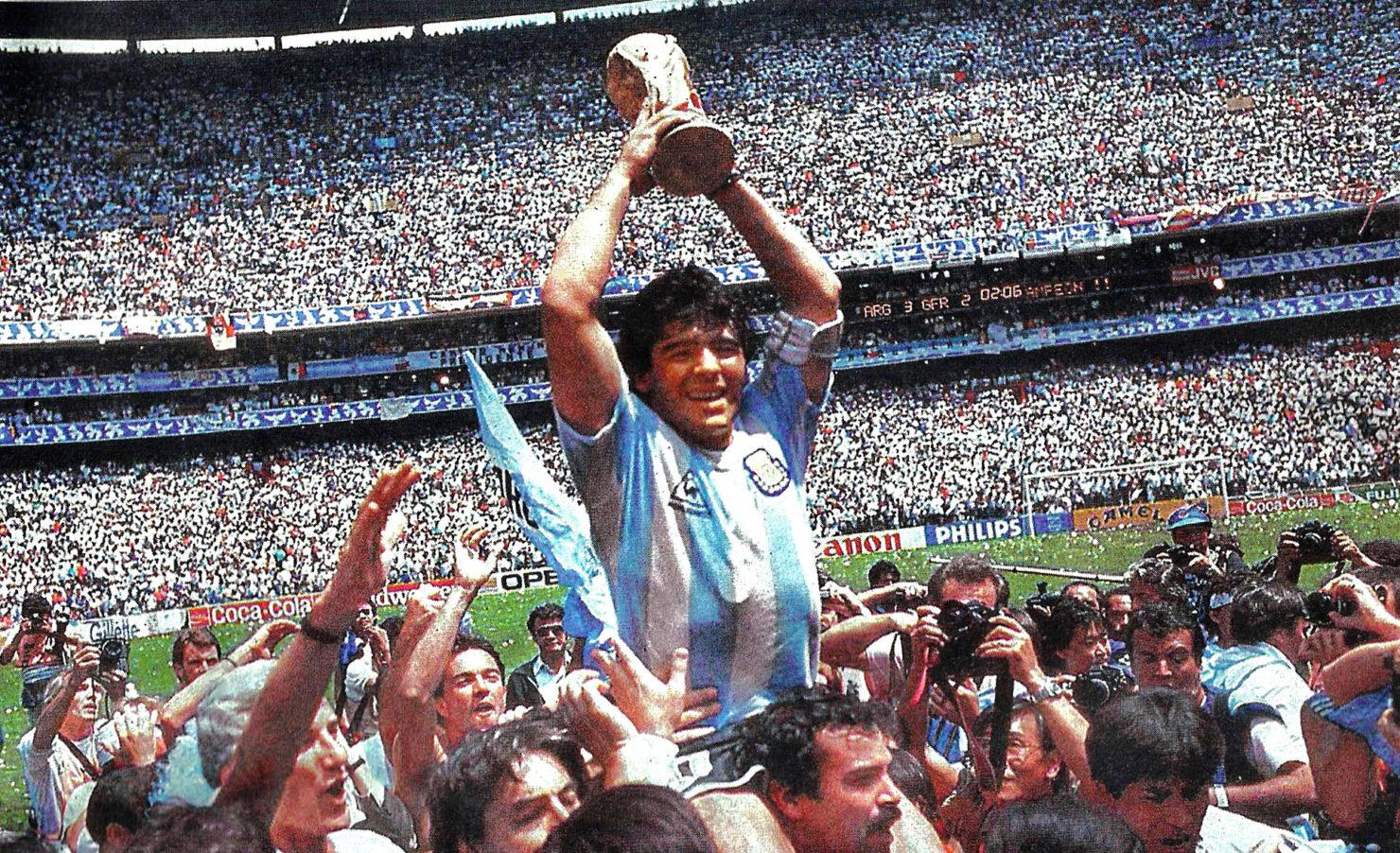 ¡Adiós a Maradona! Recordamos algunas de sus excentricidades