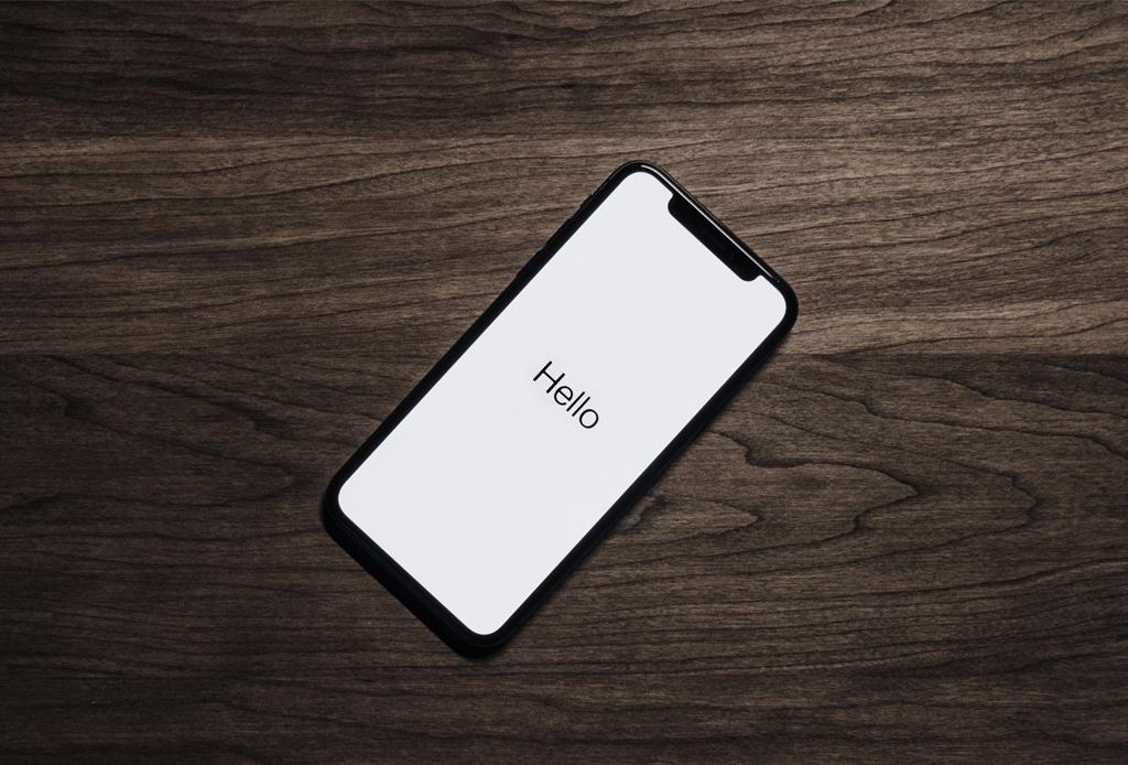 ¿Estás buscando un regalo realmente único? AMEX tiene ese complemento especial - smartphone-iphone-amex-guard