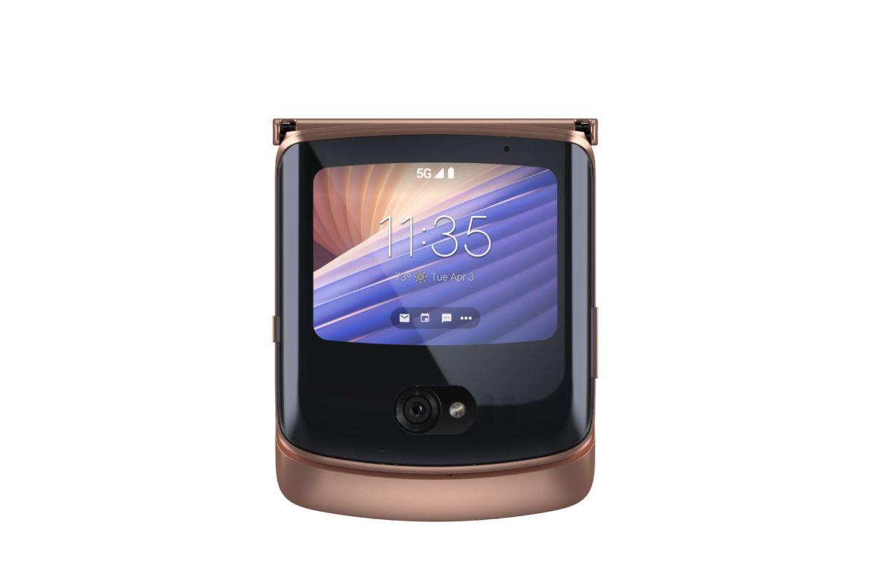 Motorola regresa con el nuevo razr y se ve mejor que nunca - blush-gold_front-closed