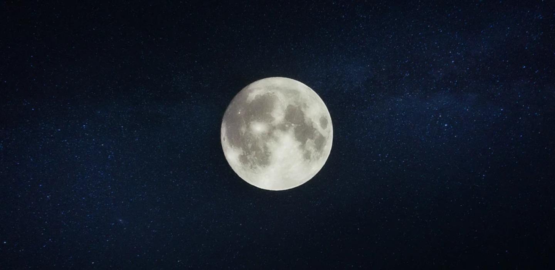 ¿Cómo hacer agua de luna? ¡Te contamos todos sus beneficios