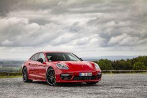 Conoce el futuro del automovilismo con el nuevo Porsche Panamera