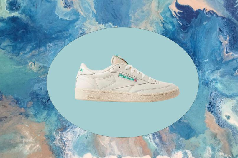 Los mejores sneakers blancos para hombre que todos deberían tener - reebok-c